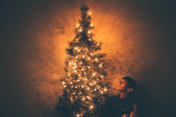 I'm dreaming of a [realistic]Christmas
